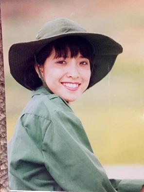 Facebook sao Việt: Vợ chồng  Jennifer Phạm ôm nhau trước mặt gia đình ở Đà Nẵng ảnh 14