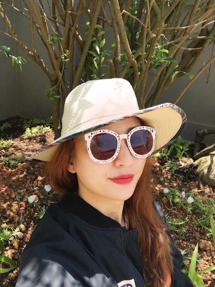 Facebook sao Việt:  Hoa hậu Thu Thảo 'xả hơi' sau khi bị 'bế quan luyện công' - Ảnh 13