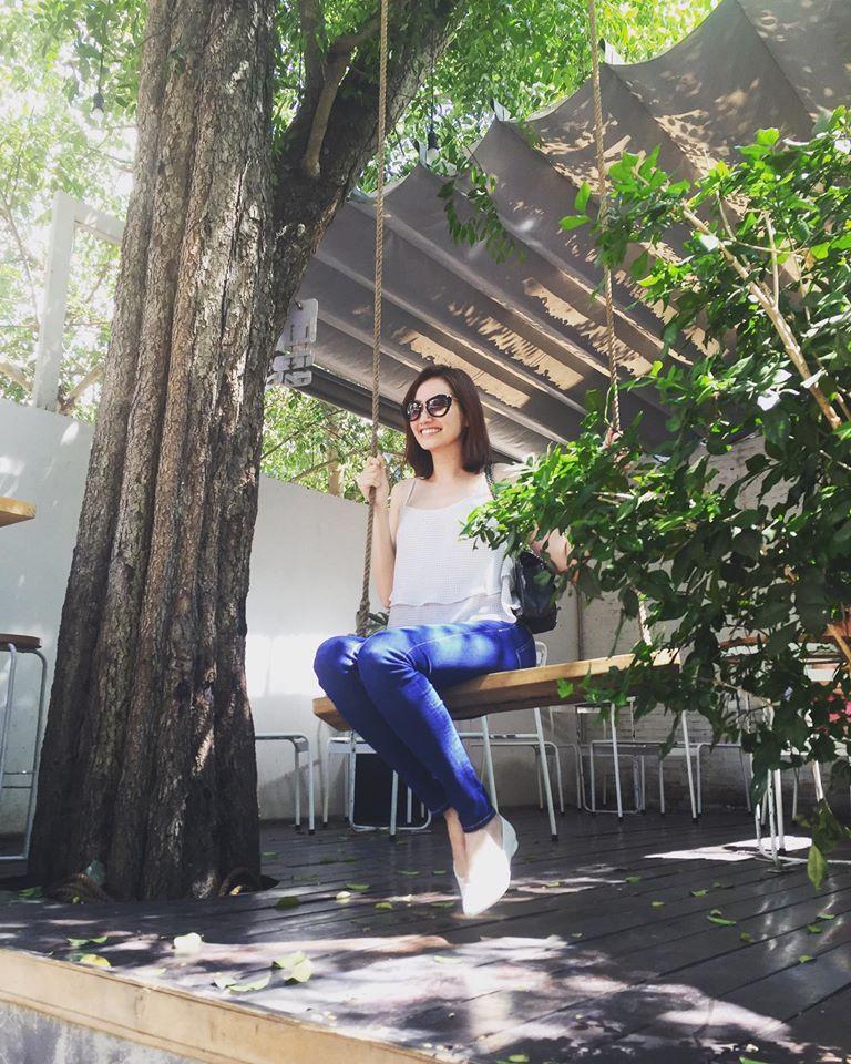 Facebook sao Việt:  Hoa hậu Thu Thảo 'xả hơi' sau khi bị 'bế quan luyện công' - Ảnh 24