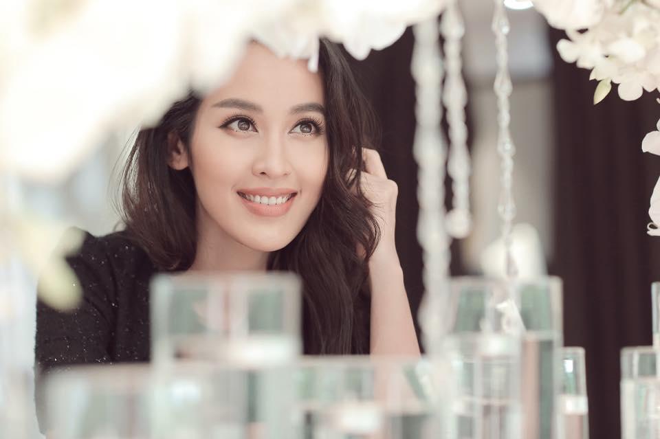 Facebook sao Việt:  Hoa hậu Thu Thảo 'xả hơi' sau khi bị 'bế quan luyện công' - Ảnh 21