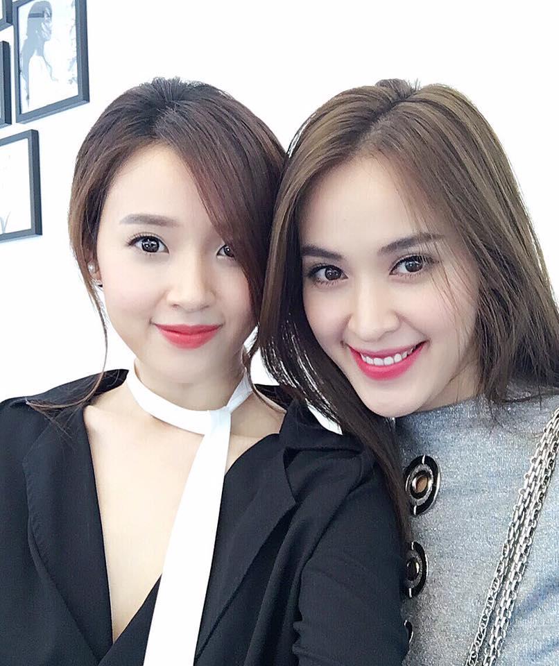 Facebook sao Việt: Chồng Thu Minh ôm trọn hai mẹ con dưới bể bơi ảnh 7
