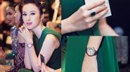 Angela Phương Trinh mang nhẫn hơn 1 tỷ đi xem show thời trang