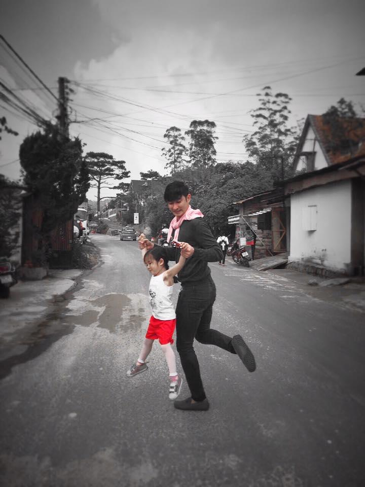 Facebook sao Việt: Hạ Vi để 'tâm hồn tự do' khi không có Cường đô la - Ảnh 16