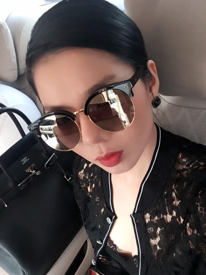 Facebook sao Việt: Vợ chồng Ưng Hoàng Phúc hạnh phúc đón con trai mới sinh về nhà ảnh 9