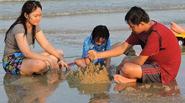 Vui chơi trên bãi biển không rác ở Vũng Tàu