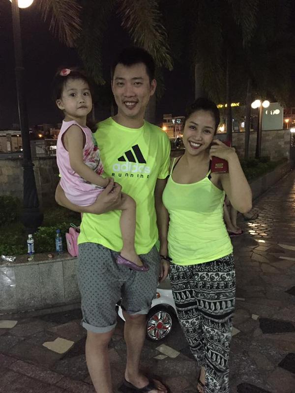 Facebook sao Việt:  Hồ Ngọc Hà cười thả ga khi đi nghỉ khiến fan ngất ngây ảnh 21