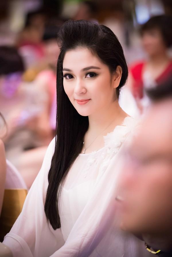 Không phải ai khác, Nguyễn Thị Huyền chính là Hoa hậu của các hoa hậu ảnh 10