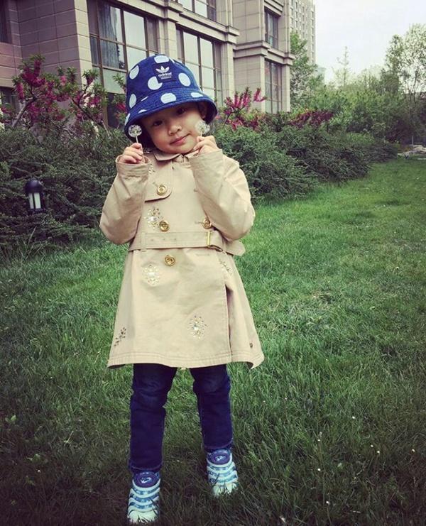 Mỹ nhân Hoa ngữ phản ứng ra sao khi con cái bị chê xấu
