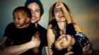 Clip: Angelina Jolie nén nước mắt kể về mẹ và những người phụ nữ kém may mắn trên thế giới