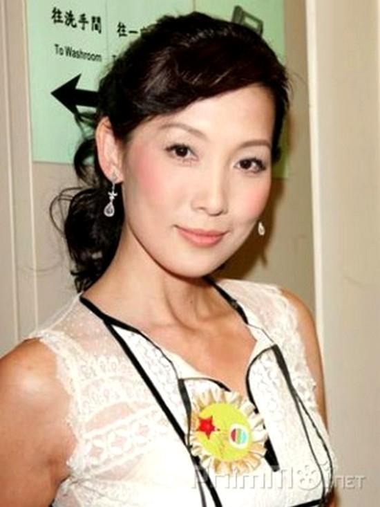 Những cuộc giải nghệ đầy tiếc nuối của diễn viên TVB