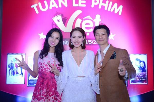 Hoàng Thùy Linh bay vội ra Hà Nội ủng hộ phim của Minh Hằng