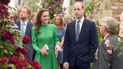 Công nương Kate đẹp rạng rỡ ở lễ hội có loài hoa mang tên con gái