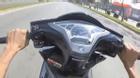 Thanh niên chạy xe tay ga một bánh ở vận tốc 130 km/h