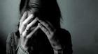 Úc: Thấy con gái chuyển giới quá xinh đẹp, cha dượng cưỡng bức suốt 13 năm