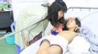 Lật tàu chở khách du lịch ở Đà Nẵng: Mẹ ôm con 10 tháng tuổi sống sót kỳ diệu giữa dòng sông