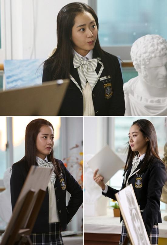 Những 'nữ thần đồng phục' xinh như thiên thần của màn ảnh Hàn