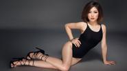 Hương Tràm thay đổi quá sexy để hát nhạc bolero