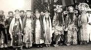 Nghệ sĩ Việt cuối thế kỉ 19 trông như thế này đây