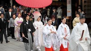 Ngỡ ngàng với lý do vì sao đàn ông Nhật lười kết hôn