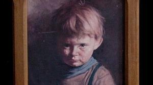 """Bí ẩn bức tranh """"Cậu bé khóc"""" khiến tất cả mọi vật bị thiêu rụi, trừ chính nó?"""