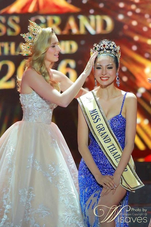 Tân Hoa hậu Hòa bình Thái Lan 2016 là một tuyệt sắc giai nhân