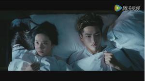 Hé lộ cảnh giường chiếu ngọt ngào của Lưu Diệc Phi và Ngô Diệc Phàm