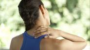 Tập đúng động tác này bạn sẽ khỏi ngay bệnh đau vai gáy, gù lưng