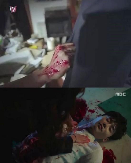 """7 khoảnh khắc """"đốn tim"""" khán giả của Lee Jong Suk  - Ảnh 7."""