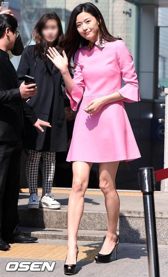 3 mỹ nhân Hàn sinh năm 1981 khiến chị em mê mẩn về gu thời trang