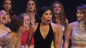 Người đẹp Trung Quốc đăng quang Hoa hậu tại Mỹ bị chê xấu...như ma
