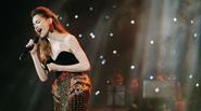 Hà Hồ tung nốt nhạc cao nhất sự nghiệp trong đêm diễn tại Hà Nội