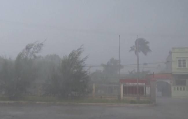 Đảo Cô Tô, Quảng Ninh có gió giật cấp 12. (Ảnh Xì Trum)