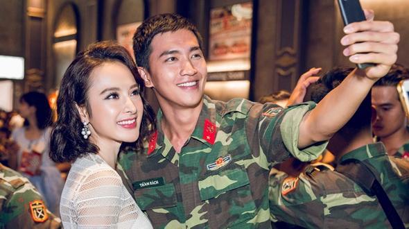 """Angela Phương Trinh và Võ Cảnh dính nghi án """"phim giả tình thật"""""""