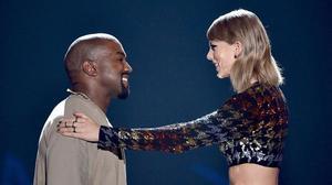 """Taylor Swift nói """"KHÔNG"""" với VMAs 2016 vì Kanye có 4 phút trên sân khấu?"""