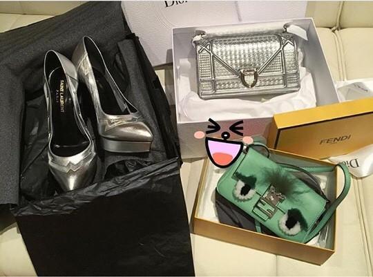 Bộ sưu tập giày, túi với các nhãn hiệu đắt tiền: Fendi, Dior, Yves SL.