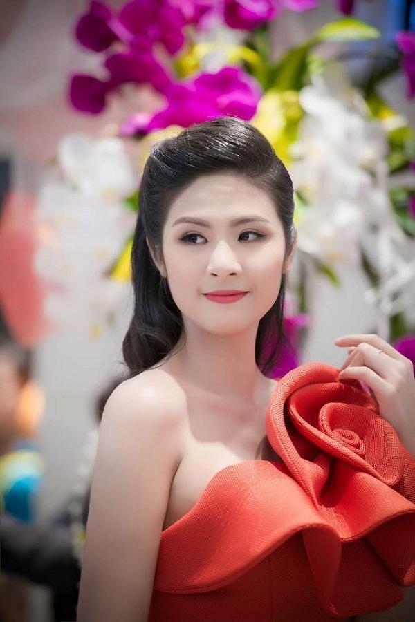 Hoa hậu Ngọc Hân: