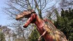 Hình ảnh hoang tàn trong công viên khủng long