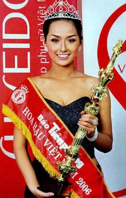 Cũng như Kỳ Duyên và Ngọc Hân, Hoa hậu Việt Nam 2006 - Mai Phương Thúy cũng là  cái tên gây tranh cãi về nhan sắc khi đăng quang. Qua thời gian, Mai Phương Thúy  ngày càng trở nên xinh đẹp quyến rũ hơn.