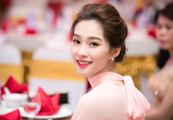 Mỹ nhân đoạt giải Gương mặt khả ái tại các mùa HH Việt Nam đẹp cỡ nào? - Ảnh 15.