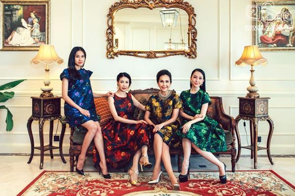 Hà Kiều Anh bên đàn chị Diễm My và diễn viên múa Linh Nga, Dương Mỹ Linh trong  căn penthouse xinh đẹp của Hoa Hậu.