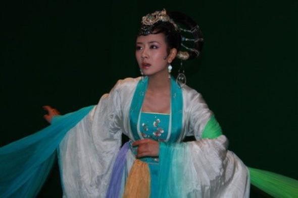 Nhan sắc những nàng Hằng Nga tiên tử trên màn ảnh Hoa ngữ