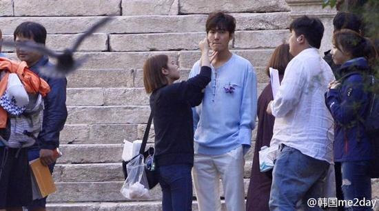 Lee Min Ho và Jun Ji Hyun lên báo Tây Ban Nha vì đánh nhau ngoài đường