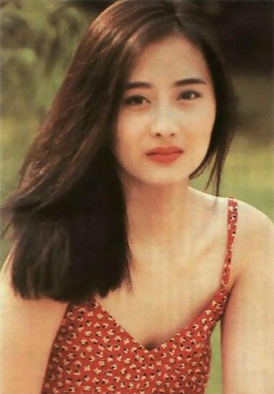 'Nữ thần' đẹp nhất phim Quỳnh Dao giờ ra sao?