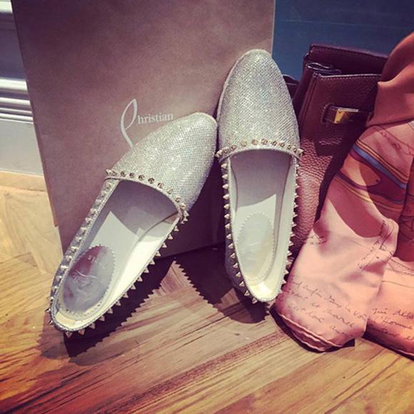 Đôi giày của Louboutin được nữ diễn viên