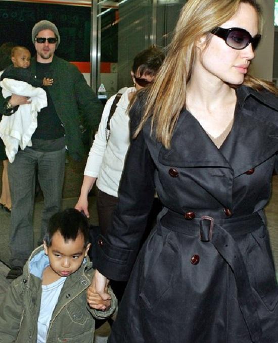 Ngày 6/7/2005, Brangelina nhận nuôi một bé gái 6 tháng tuổi tên Zahara Marley từ một trại mồ côi ở Ethiopia. Đây cũng là đứa con nuôi đầu tiên của hai người.