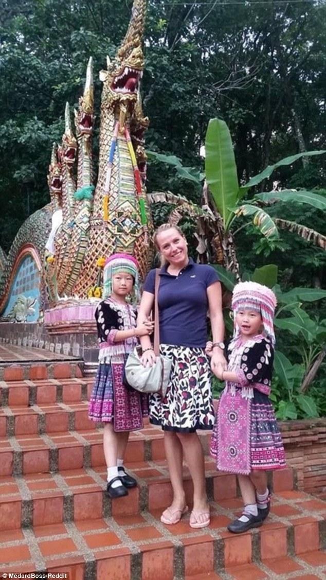 Bức ảnh tố cáo chiêu trò của đạo chích nhí ở Thái Lan