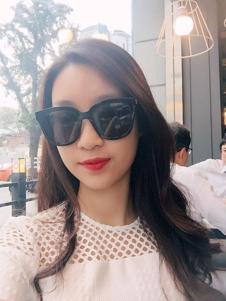 Hoa hậu Mỹ Linh đi du lịch Hàn Quốc