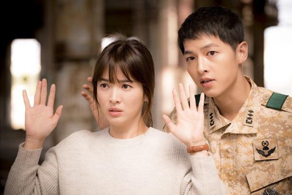 Ngoài Hậu duệ mặt trời, phim Hàn nào có rating 'đỉnh' trong năm 2016