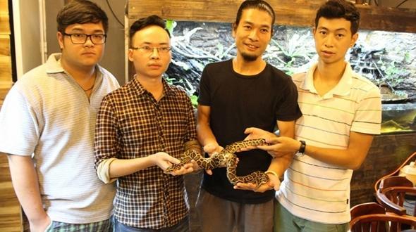 Con trăn kỳ lạ nhất thế giới xuất hiện ở Việt Nam