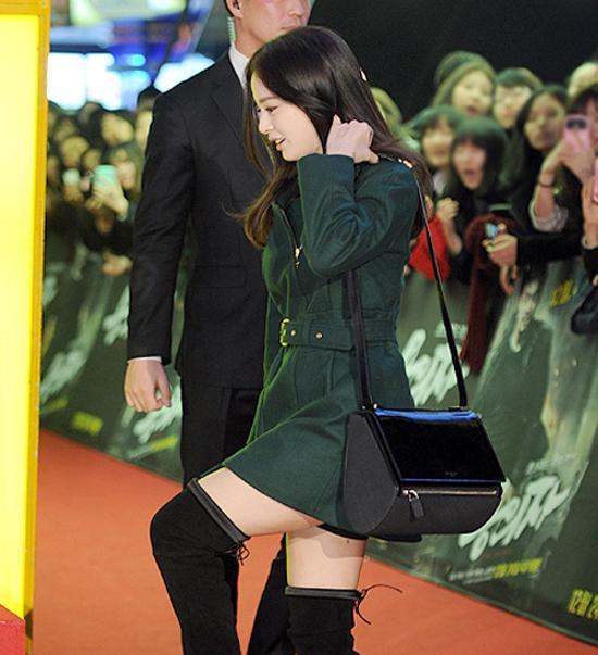 Nhìn thế thôi, Kim Tae Hee chính là tay chơi đồ hiệu 'đáng gờm' của Kbiz